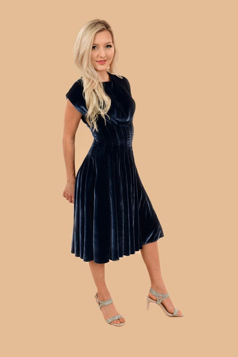 Judy Velvet Fit-And-Flare Midi Swing Event Dress Blue Cobalt
